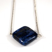 Collier Joyce, pendentif lapis lazuli