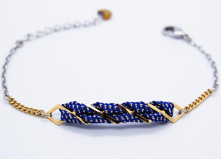 Bracelet Idir doré or fin 24 carats et titanium passementerie bleu nuit