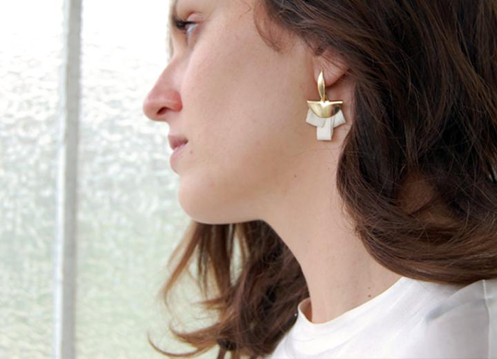 Boucles d'oreilles mariage Sirine or soie ivoire ByrdceeDesign