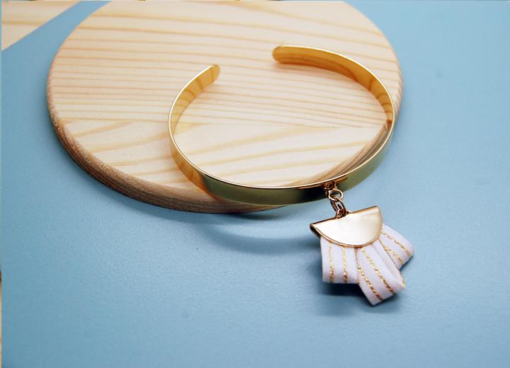 Bracelet jonc Emile soie or Made In France L'Orangerie Bijoux
